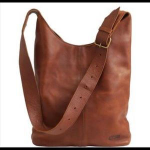 Duluth Trading Co Lifetime Leather Crossbody Bag